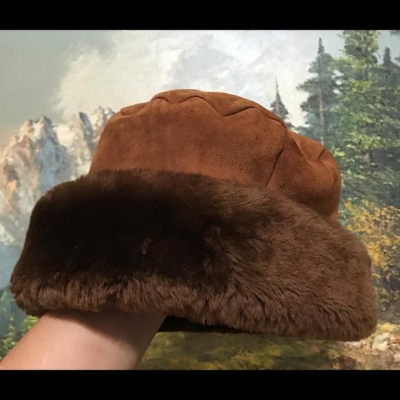 Neiman Marcus Accessories - Women's hat